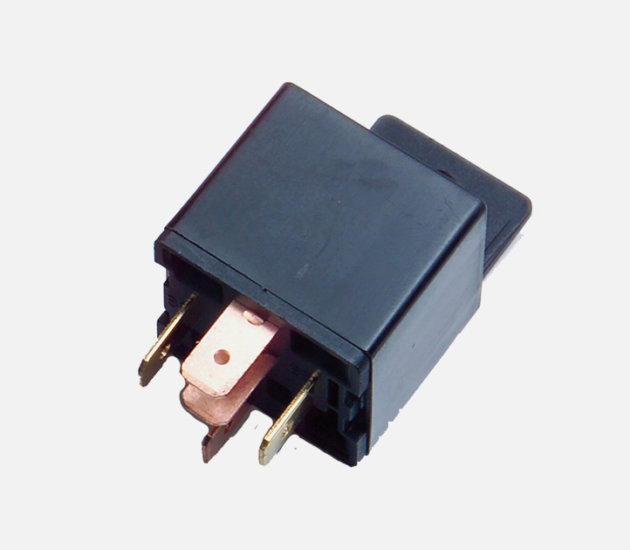 VAE 318 17 Vision 30AMP changeover relay